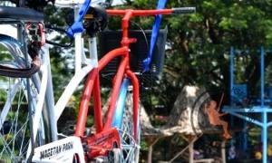 Sepeda Gantung Di Magetan Park